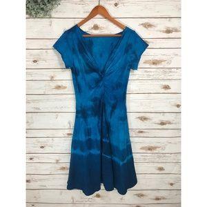 Dresses & Skirts - BLUE front twist dress
